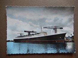 CPSM - COMPAGNIE GENERALE TRANSATLANTIQUE FRENCH LINE - FRANCE - PHOTO VERITABLE BROMOCOLOR -   R11552 - Steamers