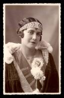 75 - PARIS 3EME - DEMOISELLE D'HONNEUR DU 3E ARRONDISSEMENT EN 1929 - CARTE PHOTO ORIGINALE - Arrondissement: 03