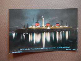 CPA - LE HAVRE - LE PAQUEBOT NORMANDIE ILLUMINE A LA GARE MARITIME - PHOTO HAMON - R11575 - Steamers