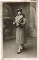 Portet Modieus Geklede Dame, Well Dredded Lady, Fotokaart, Carte Photo, Omer Pille - Maes, Menin, Menen (pk41749) - Mode