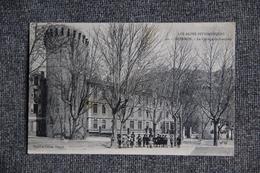 SISTERON - Le Collège De Garçons. - Sisteron