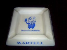 "Cendrier En Ceramique  Cognac Martell ""martell Friend S With "" Annee 70,? - Ashtrays"