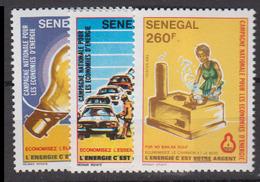 Sénégal     1983       N.       589 / 591                    COTE    6 , 10        EUROS      ( S 825 ) - Senegal (1960-...)