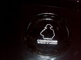 Cendrier En Ceramique  Noir Cognac Couvvoisier Estampille Blangy Magner  Annee 70? - Ashtrays