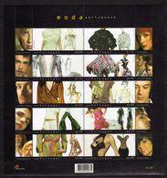 Portugal Sheets 2004.S/S Portuguse Fashion Clothes Moda .MODA LISBOA - 10 X € 0,45.MNH - 1910 - ... Repubblica