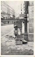 75 Les Petits Métiers Parisiens:  Le Racommodeur De Paniers - Petits Métiers à Paris