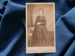 Photo CDV Wulff à Paris Bd St Martin - Second Empire Femme Circa 1865 L351 - Photos