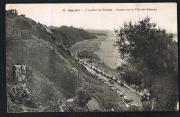 BIARRITZ  - 64 - A Travers Les Falaises - Aperçu Sur La Côte Des Basques -  Recto Verso - Paypal Sans Frais - Biarritz