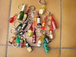 Porte Clefs - LOT De BOUTEILLES - Porte-clefs