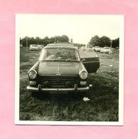 PHOTOGRAPHIE - PHOTO -  PEUGEOT  404 - Automobiles
