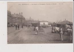 CPA Mauvais état - BORDEAUX - Les Quais De Bourgogne , Douane Et Bourse - Bordeaux