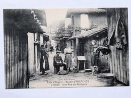 C.P.A. 33 Bassin D'Arcachon, Village De L'HERBE , Une Rue De Pêcheurs, Animé - Autres Communes