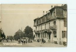 Nos DOUANIERS à La Frontière De SAINT JULIEN De GENEVOIS - L' Entrée Du Village  Animée - 2 Scans - Douane
