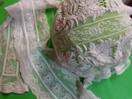 Tres Grande Coiffe Pour Dame (grand Noeud) - Coiffes, Chapeaux, Bonnets