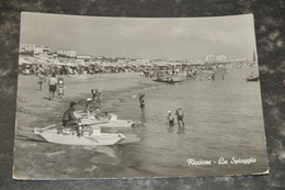 395  Riccione  La Spiaggia   Animata   1956 - Rimini