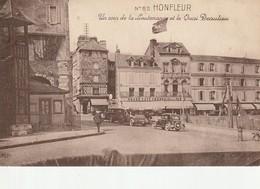Carte Postale Honfleur Un Coin De La Lieutenance - Honfleur