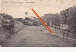 BOUGNIES -L'Auberge De Jeunesse : Plaine De Jeux - Quévy