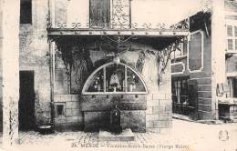 48 - MENDE - Fontaine Notre-Dame (Vierge Noire) - Mende