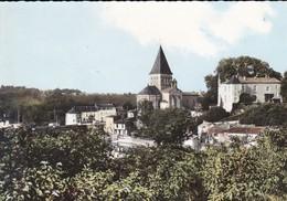 85----MAREUIL SUR LAY--vue Panoramique-le Château Et L'église Romane Dominant La Vallée Du Lay--voir 2 Scans - Mareuil Sur Lay Dissais