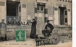 CPA  En Sologne  Le Facteur Attelage De Chien - France