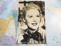 Geneviève Callix - Entertainers