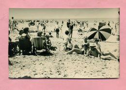 PHOTOGRAPHIE - PHOTO - PLAGE DE DUNKERQUE / MALO LES BAINS - ANNEES 50 / 60 - CLICHE EPREUVE TOP éditeur  ( Ref  A ) - Lieux