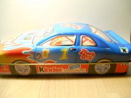 KINDER BOX CAR - Zonder Classificatie
