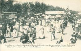 037/30  BRUXELLES  - Carte -  Vue  25è Anniversaire De La Maison Du Peuple - Déléguées Des Succursales. No 9 - Fêtes, événements