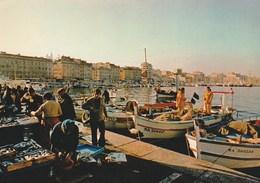 MARSEILLE (13) Arrivée Des Pêcheurs Sur Le Vieux Port - Vieux Port, Saint Victor, Le Panier