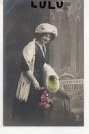 FEMMES N° 228 : Chapeau En Fourrure  ( Carte Allemande écrit En Ancienne Langue ) - Femmes