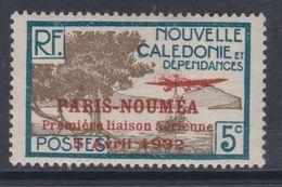 """Nlle Calédonie  P.A.  N° 6 X Timbre Surchargé """" Paris-Nouméa"""" : 5 C. Trace De Charnière Sinon TB - New Caledonia"""