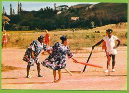 NOUVELLE CALEDONIE - NOUMEA - Joueuses De Cricket - Nouvelle Calédonie