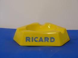 """Cendrier """"RICARD"""" - Ashtrays"""
