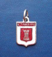 - Pendentif. Médaille - Blason De Ville - Sainte Maxime - - Obj. 'Souvenir De'