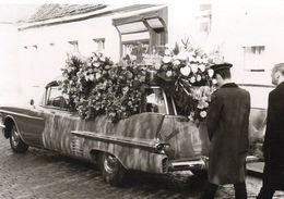 Post Mortem - Lijkwagen   -  14 Op 10 Cm - Photos