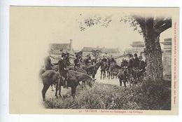 CPA 49 Militaires Régiment Saumur Service En Campagne La Critique N° 39 - Regimenten