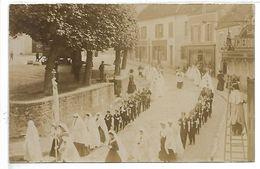 SAINT CHERON - Procession De Communiants - CARTE PHOTO - Saint Cheron