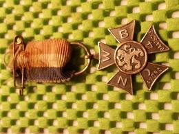Medaille  / Medal - N.W.B Avond 4 Daagse - The Netherlands - Vereinswesen