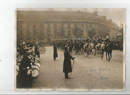 QUARTIER DES CELESTINS (PARIS 75) PHOTO DE PRESSE PRISE D'ARMES DE LA GARDE REPUBLICAINE - War, Military