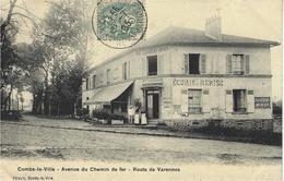 COMBS-La-VILLE - Avenue Du Chemin De Fer- Route De Varennes  - Ed.  Forquin -  Restaurant-Pâtisserie  Larmanger - Combs La Ville