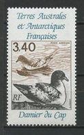 TAAF 1992 PA N° 121 ** Neuf MNH Superbe Cote 1,90 € Faune Oiseaux Damier Du CAp Birds Fauna Animaux - Poste Aérienne