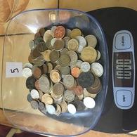 Lot De 1 Kg De Monnaies étrangères . Port Gratuit. Vous Achetez Le Kilo En Photos. Lot 5 - Monnaies