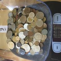 Lot De 1 Kg De Monnaies étrangères . Port Gratuit. Vous Achetez Le Kilo En Photos. Lot 9 - Non Classés