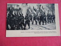 Free French Forces In London With Their Colors  Ref 2837 - War 1939-45