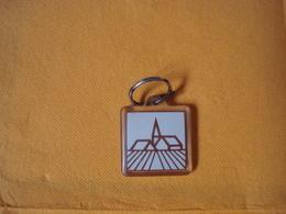 PORTE CLEFS   --- LES ASSURANCES MUTUELLES AGRICOLES - Porte-clefs
