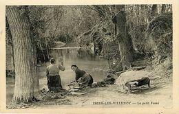 77: Isles Les Villenoy  Laveuses - Autres Communes