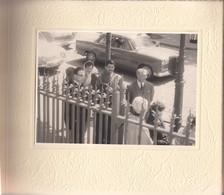 ALBUM 26 PHOTOS MARIAGE 1962 RUE BOBILLOT PARIS 13° SIMCA ARIANE CHAPEAUX ROBES FLEURS - Alben & Sammlungen