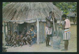 *Rhodesia - B'Tonka Village Life* Ed. Big Game Ph. Circulada 1972. - Zimbabwe