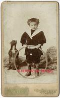 A Voir-CDV Amusant-chien Qui Fait Le Beau-enfant Et Son Cerceau Jouet-photo Aristide Ghezzi à Flers -Orne - Photos
