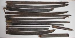 Lot De Fourreaux En Cuir à Restaurer Pour Baïonnettes Sabres Dague épée - Armes Blanches